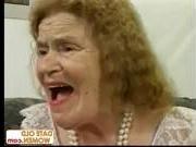 Бабка и дед трахаются на новый год видео фото 202-644