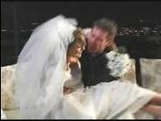 Жесткая первая брачная ночь русское видео